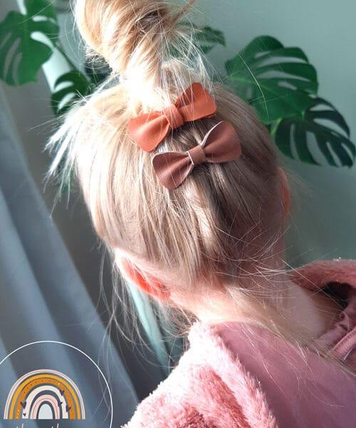 Haarstrikjes-van-leer