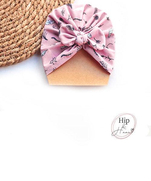 Turban-baby-mutsje-donker-roze-blaadjes